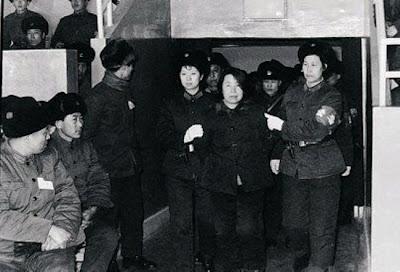foto hukuman mati